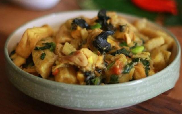 Cách làm ốc nhồi nấu chuối đậu