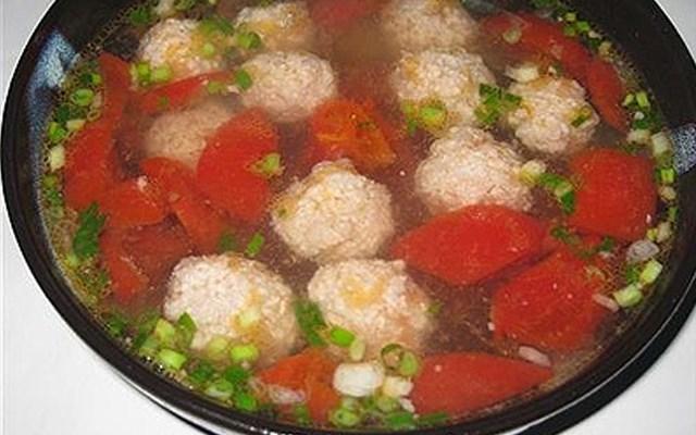 Cách làm canh cà chua thịt viên