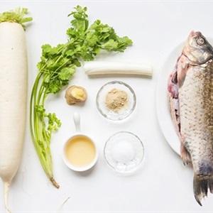 Canh cá củ cải