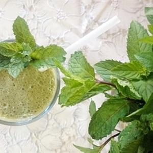 Sinh tố bơ trà xanh
