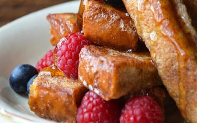 Cách làm bánh mì chiên caramel