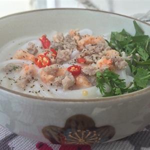 Bánh canh bột gạo nước cốt dừa