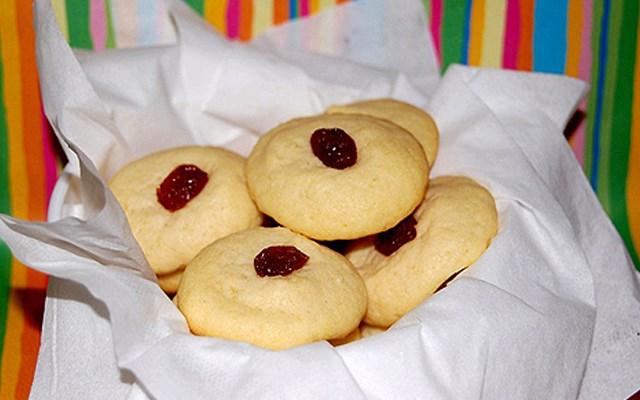 Cách làm bánh cookies bơ nho khô