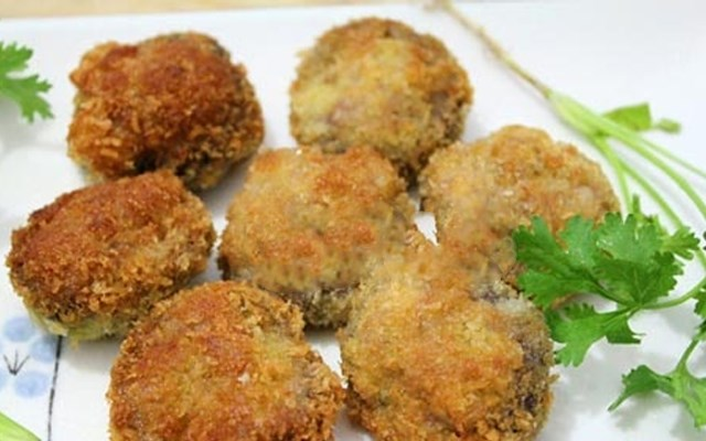 Cách làm nấm nhồi thịt chiên xù