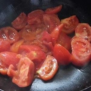 Canh cà chua trứng thịt viên
