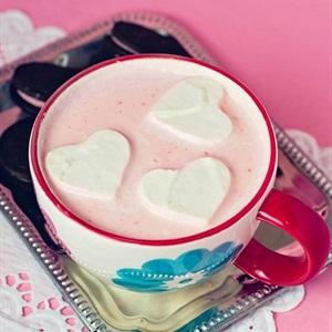 Bí mật dưới ly dâu sôcôla ngọt ngào