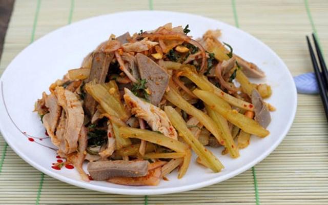 Cách làm lưỡi heo và bao tử trộn dưa cải chua