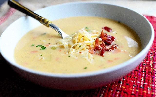 Cách làm súp khoai tây thịt xông khói
