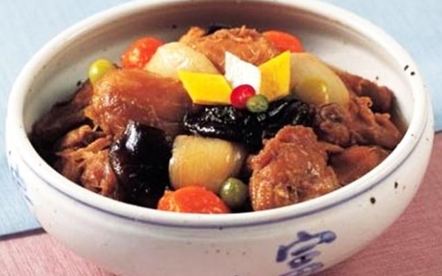 Cách làm gà om kiểu Hàn
