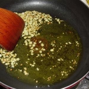 Tôm nấm trộn miến hấp nước tương
