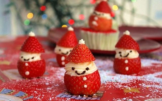 Cách làm ông già Noel bằng dâu tây