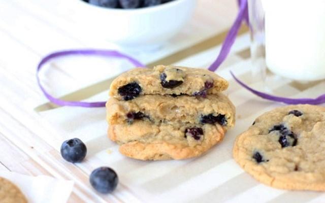 Cách làm bánh cookies việt quất
