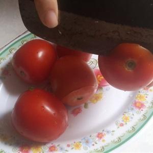 Canh cà chua nhồi thịt heo