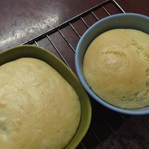 Bánh bông lan chuối