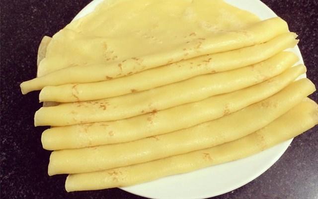 Cách làm bánh crepe nhiều lớp