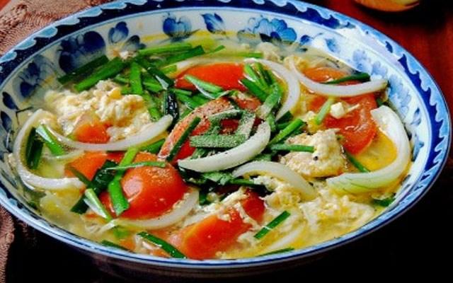 Cách làm canh cà chua trứng gà