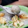 Những quán ăn đắt khách không cần biển hiệu của Sài Gòn