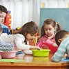 Những kỹ năng sống giúp con tự lập bố mẹ cần dạy sớm