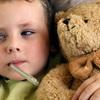 5 điều không bao giờ được làm khi con bị ốm