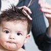 """Cắt """"tóc máu"""" cho trẻ sơ sinh: Nên hay không nên?"""