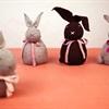 Làm chú thỏ hút ẩm nhỏ xinh từ chiếc tất cũ