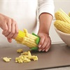 Cách tách hạt bắp khỏi lõi nhanh và đơn giản nhất