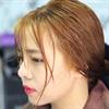 Hướng dẫn nhuộm tóc màu vàng từ khoai tây cho bạn gái kị hóa chất