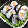 Cách làm cơm cuộn sushi đơn giản màu sắc ngọt ngào yêu thương