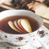 Cách pha trà táo thảo mộc tốt cho sức khỏe ngày se lạnh