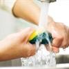 Những giải pháp vệ sinh miếng rửa chén hạn chế vi khuẩn sinh sôi