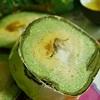 Bánh tét Trà Cuôn nứt tiếng đặc sản tỉnh Trà Vinh
