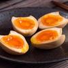 Mẹo luộc trứng lòng đào tẩm gia vị cực ngon