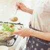 8 Mẹo nấu nướng trong nhà bếp giúp chị em chế biến món ăn dễ dàng hơn