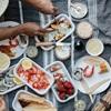 """Món ngon """"cực đỉnh"""" cho buổi picnic dã ngoại hoặc đi biển mùa hè cùng bạn bè và gia đình"""