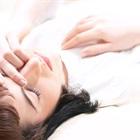 Ngủ không kê gối để khám phá được những lợi ích bất ngờ cho sức khỏe