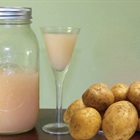 10 lợi ích tuyệt vời khi uống nước ép khoai tây sống