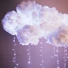 Đám mây phát sáng làm từ chai nhựa giúp bếp nhà bạn lung linh như quán cà phê