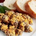 Món ngon ngày cuối tuần: Ốc hương xào trứng muối