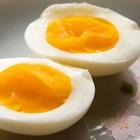 Cách luộc trứng có lòng đào đẹp mắt