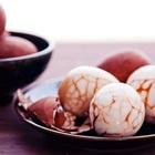 Hướng dẫn luộc trứng trà mang thịnh vượng, giàu có đến cho gia đình