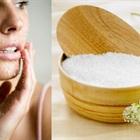 Làn da mịn màng, sạch mụn chỉ với muối