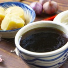 Học nhanh 2 cách làm nước màu đơn giản cho món kho tại nhà