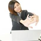 6 động tác đơn giản giảm mỡ bụng ngay tại văn phòng