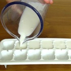 5 công thức từ sữa giúp bạn tạm biệt đôi mắt sưng phồng