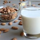 7 loại sữa dành cho trẻ em nhanh và dễ từ hạt giàu dinh dưỡng bạn có thể tự làm tại nhà