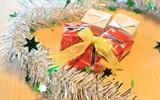 Hướng dẫn gấp hộp quà mini xinh xắn trang trí cây thông Noel