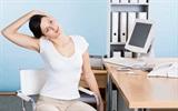Mách bạn cách giảm đau ngay tại chổ ngồi làm việc