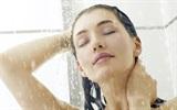"""Những sai lầm khi tắm có nguy cơ khiến bạn """"đột tử"""" khi còn trẻ"""