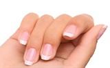 8 dấu hiệu của móng tay tiết lộ vấn đề sức khỏe mà bạn không thể xem thường