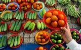 """Độc đáo khu chợ """"đĩa"""" đồng giá 5k/đĩa ở Sài Gòn"""